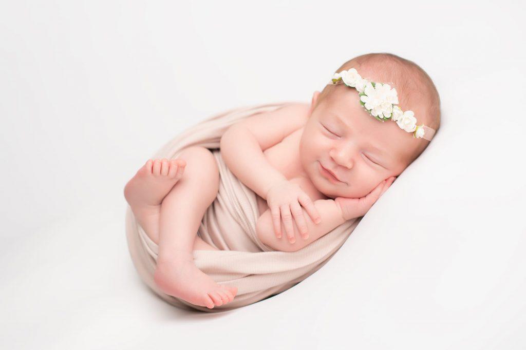 friendstudio fotografo servizio fotografico foto forlì cesena rimini faenza ravenna azienda cerimonia matrimonio fotografo newborn neonato baby maternità neonato