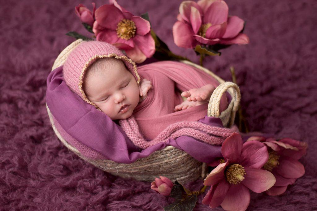 friendstudio fotografo servizio fotografico foto forlì cesena rimini faenza ravenna azienda cerimonia matrimonio fotografo newborn maternity maternità neonato pancia mamma